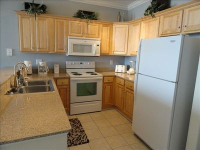 Tropic Winds condo rental - Kitchen fully stocked with all the equipment you will ever need