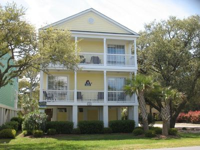 Taylor Made II - 5BR, 4.5BA raised beach home in Surfside Beach, SC