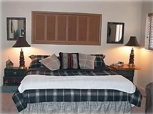 Large master bedroom (king size bed with memory foam mattress topper)