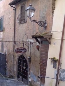 Romantic cottage in the historic center, just 5 minutes walk from the station