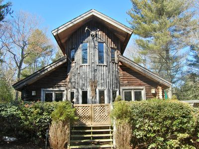 An authentic Adirondack style Lodge in a Pine Forest