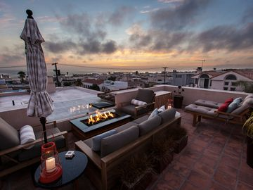 Ocean View Roof Top 'Living Room' again w 1 of 2 umbrellas available on roof top