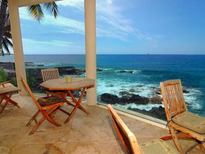 Kailua Kona villa rental - Lanai with dining and occassional tables becomes extension of living area