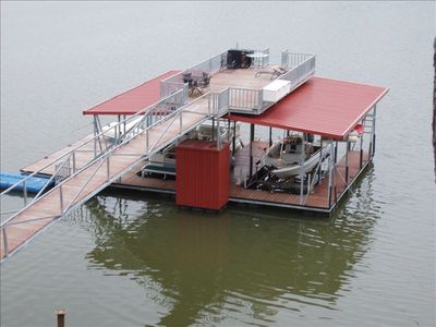 Dock for swimming, diving, fishing and boat, and pontoon rental