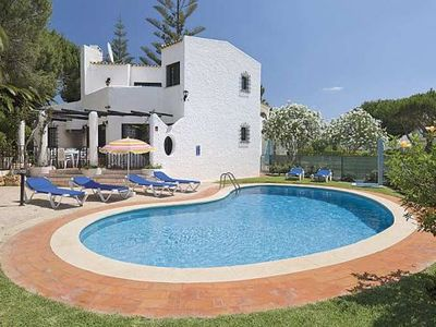 3 Bedroom, Holiday Villa In Vilamoura, Central Algarve, Portugal