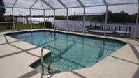Lakefront pool home. Near gulf beaches, Fisherman's Village, Ford/Edison Estates