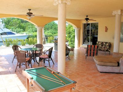 OUTDOOR LIVING AREA w/MINIATURE POOL TABLE