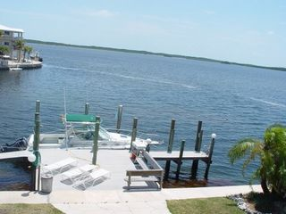 Key Largo house photo - Deep water dockage for 28 ft boat with electricity, fresh water & outdoor shower