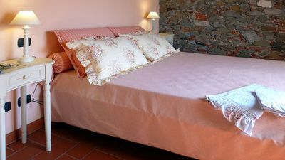 Lucca chateau / country house rental - 'Melissa' bedroom