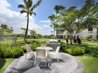 Waikoloa Beach Resort condo photo - View from the pool area - you can see our balcony off to the right