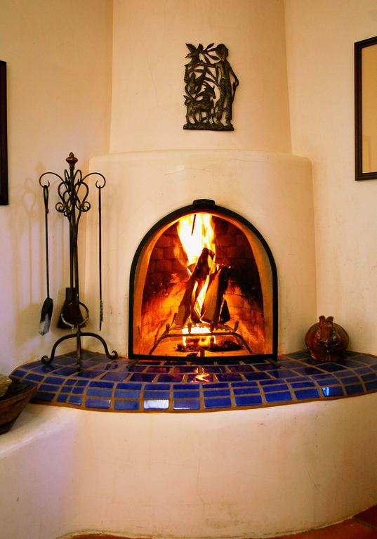 Charming 2br 2ba house on a privileged vrbo for Kiva fireplaces