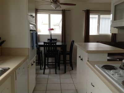 Mission Beach townhome rental - Kitchen equipped with microwave, dishwasher, coffee maker, toaster and blender