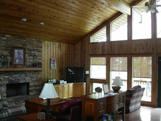 Greers Ferry Lake house photo - Living Room w/fireplace & acess to upper deck
