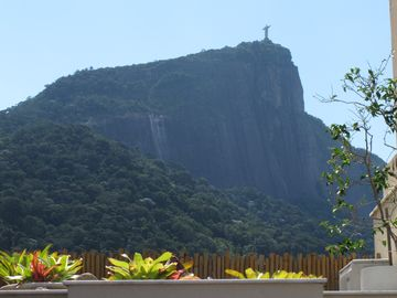 CORCOVADO VIEW PLACE OF CRISTO REDENTOR! ONE OF THE 7 MODERN WONDER WORLD