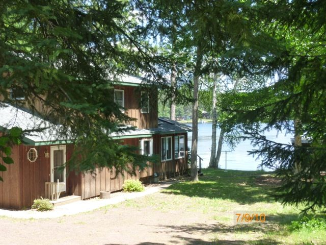 Lake Nebagamon - On the Lake - 3BR/2.5B