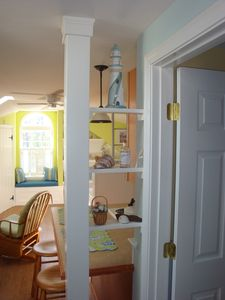 Falmouth studio rental - nicknack shelf