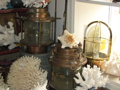 Shop Brunswick and SSI Antique Shops