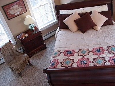 Bethel house rental - Tasteful and soothing bedroom decor in all 7 bedrooms