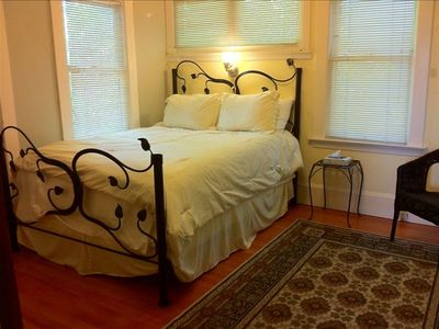 queen bed, private1/2 bathroom