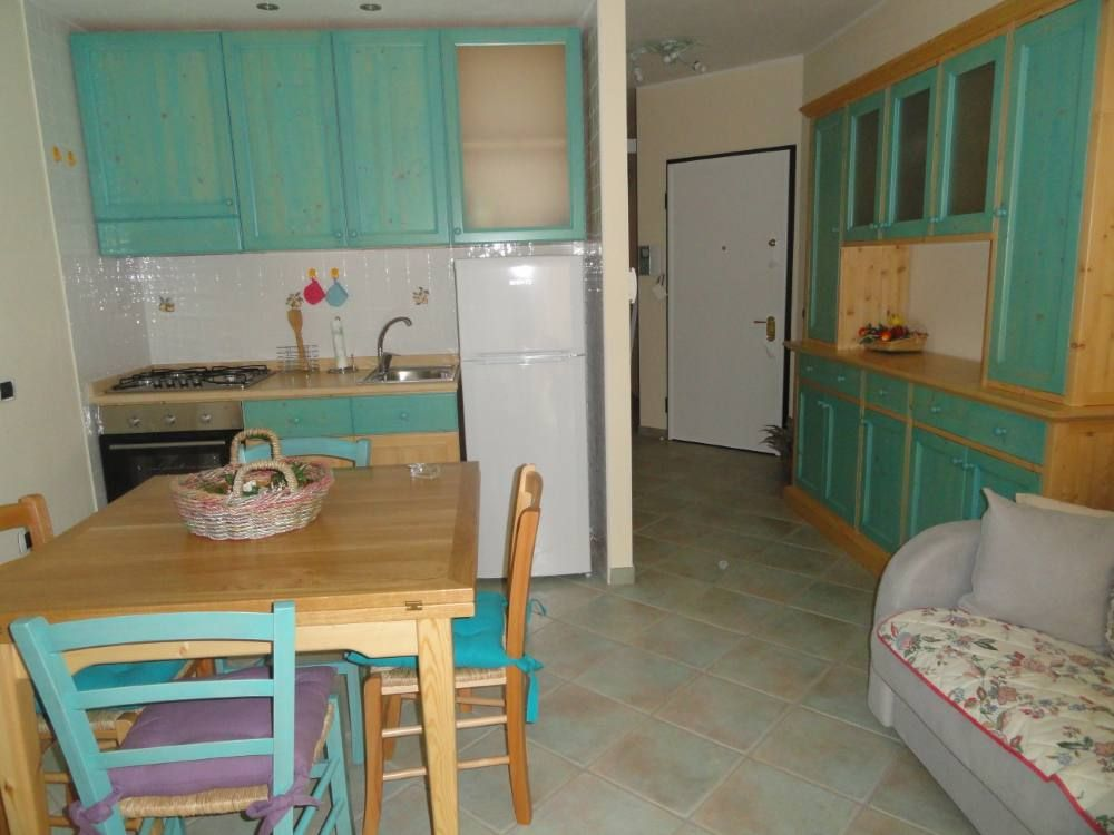 Cheap Apartment, close to the center of town, 36 square meters