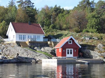 Large holiday home in Southern Norway with panoramic view incl. boat
