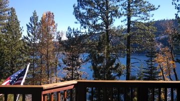 Donner Lake cabin rental - Front deck view