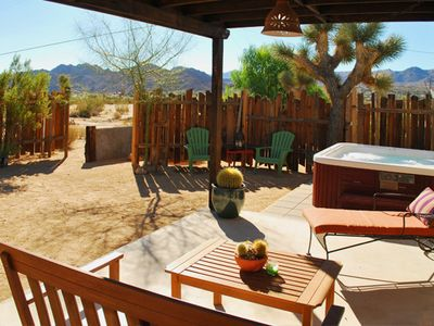 Joshua Tree house rental - Patio with views of Joshua Tree National Park