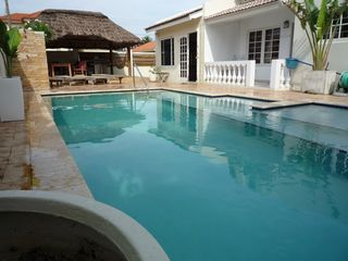 Aruba villa photo - The pool with different levels for all ages to enjoy.