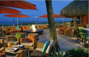 Beachfront cantina/restaurant
