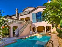 Beautiful 5 Bedroom Home with Pool in Heart of Captiva Village
