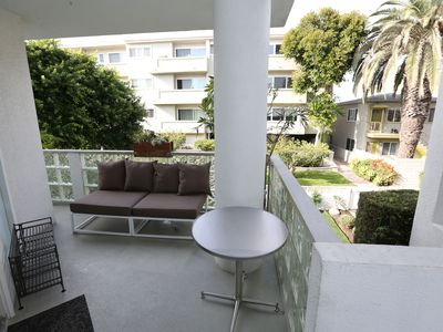 Lounge area on front balcony