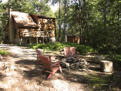 This Private 3 Level, 3 Bedroom, 3 Bath Cabin in the Woods is Waiting for You!