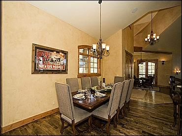 Dining Room for 8 People