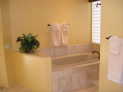 Sedona house rental - Jetted Tub in Master.