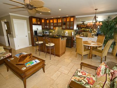 September on 1/2 price Sale- Amazing Oceanfront 2 Bedroom Penthouse