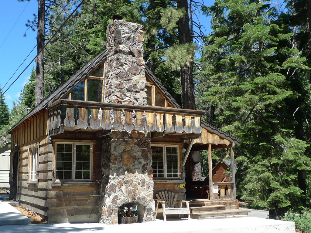 Cozy Rustic Cabin With All Of The Comforts Of Vrbo