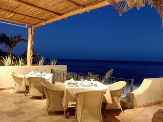 San Jose del Cabo condo photo - 7 Seas Restaurant - 2 minute drive