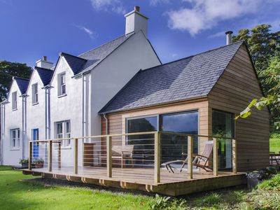 Luxury accommodation on secluded 3,000 acre Highland estate. Tennis, fishing - Stalker's Lodge