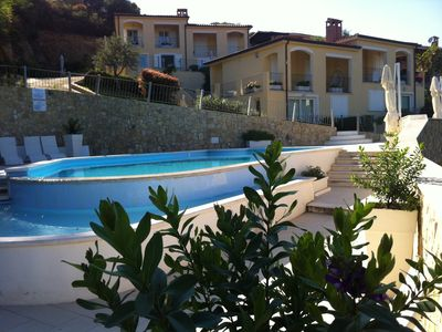 Panoramic villa with swimming pool and garden,