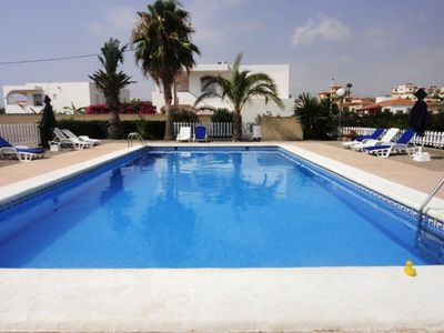 NICE APARTMENT - LARGE POOL AND TERRACE, SEA 900m