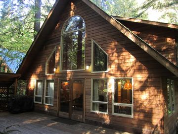Mount Baker chalet rental - Exterior Deck with BBQ