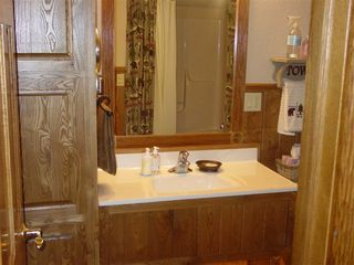 Lake Pepin house photo - Lower Level Full Bath with oversized tub/shower.