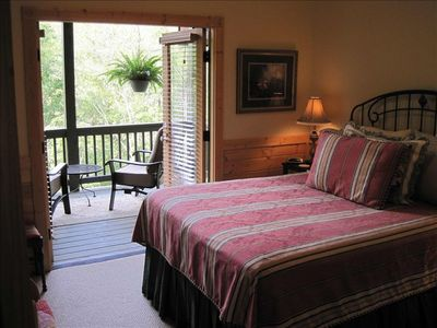 Enjoy Upstairs Bedroom with Private Covered Deck Overlooking River