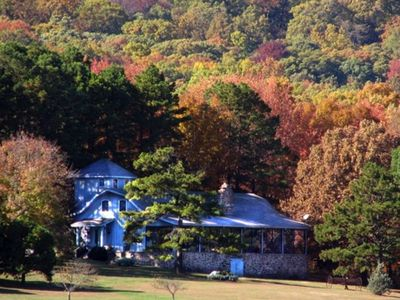 Mulberry Mountain Lodge