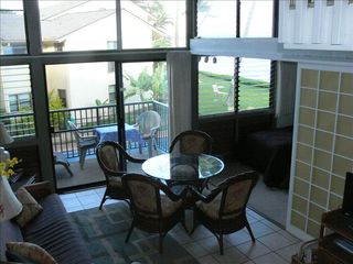 Maalaea condo photo - View of dining area and lanai