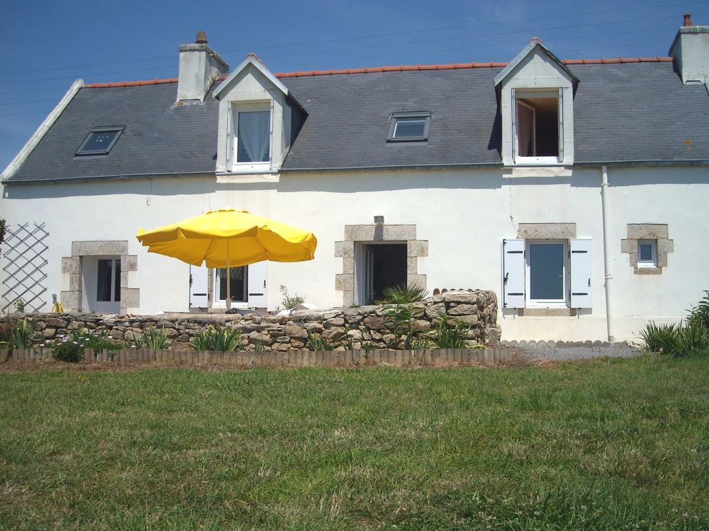 Accommodation near the beach, 70 square meters, , Pont-croix, Brittany