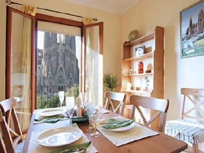 Sagrada Familia apartment rental - 4 BALCONIES IN ALL APARTMENTS!