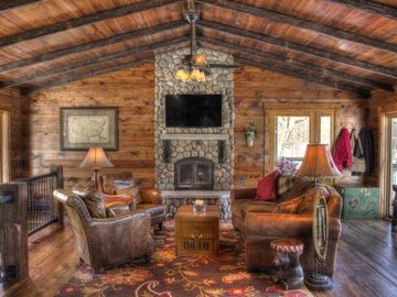 Crosslake cabin rental - Great Room - Main Level