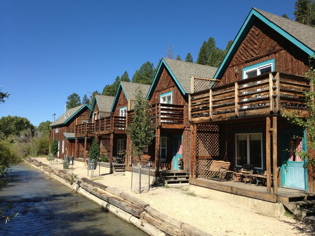Red river vacation rental vrbo 3600410ha 4 br nm cabin for Red river new mexico fishing