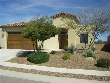 Marana house rental - Curb Appeal!!
